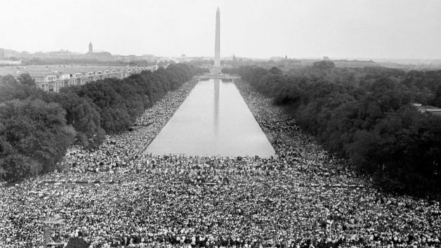 martin luther king jr speech compared My opinion--- for one, i think nelson mandela's speech was a lot more motivating than martin luther king jr's speech martin luther king jr spoke about his dreams he talked about what he saw in.