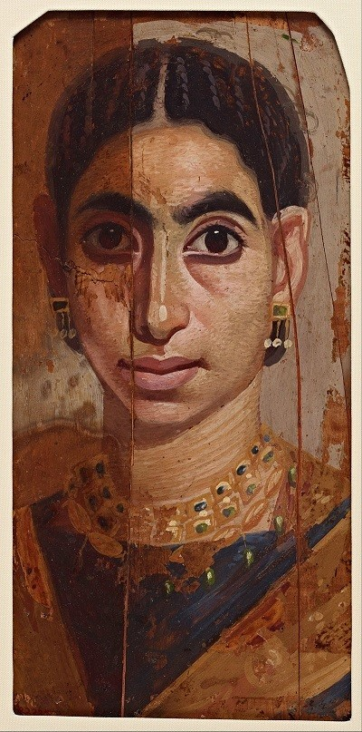 ancient egypt essay woman Women in ancient egypt had a great many rights they were not equal with men but they quite a lot of say over their lives women who broke the law faced the same.