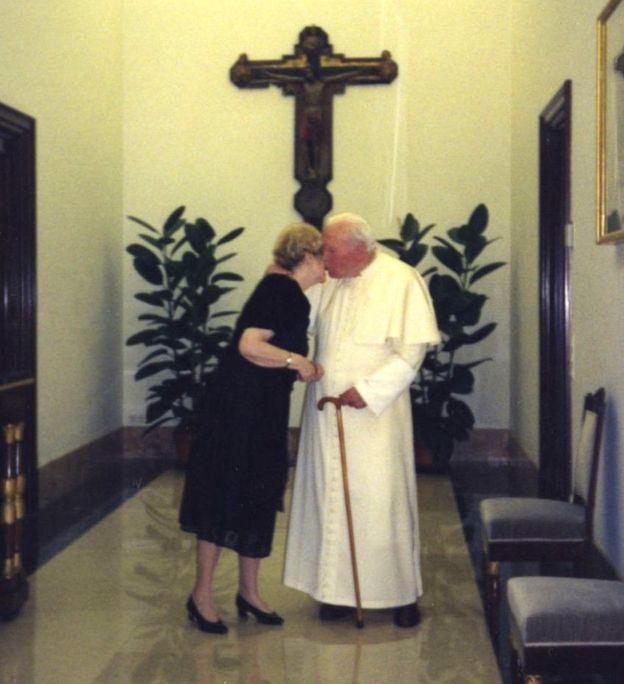 PopePaul_Teresa.jpg