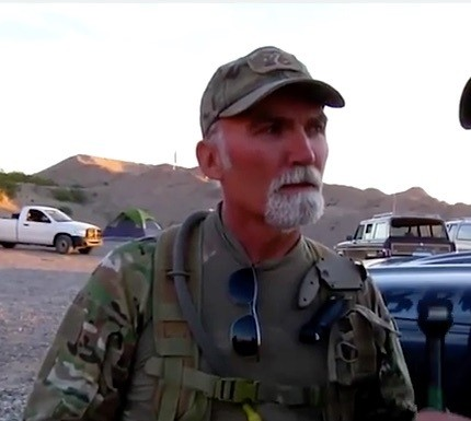 Jerry Delemus doing an interview with Stewart Rhodes at the Bundy Ranch standoff
