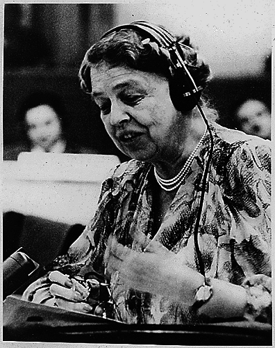 Eleanor_Roosevelt_at_United_Nations.png
