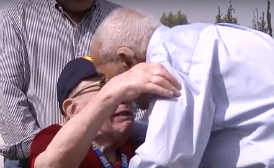 WW2 veteran reunites with Holocaust survivor he rescued 71 years ago–and it's beautiful (VIDEO)