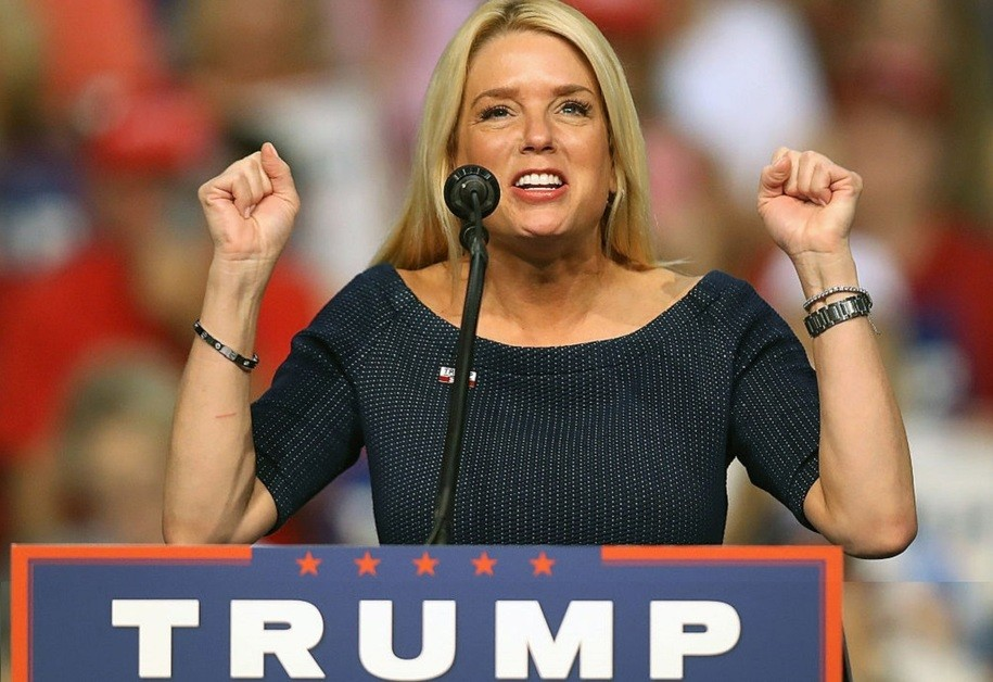 DAYTONA BEACH, FL - AUGUST 03:  Florida Attorney General Pam Bondi speaks before the arrival of Republican presidential nominee Donald Trump during his campaign event at the Ocean Center Convention Center on August 3, 2016 in Daytona, Florida. Trump continued to campaign for his run for president of the United States.  (Photo by Joe Raedle/Getty Images)