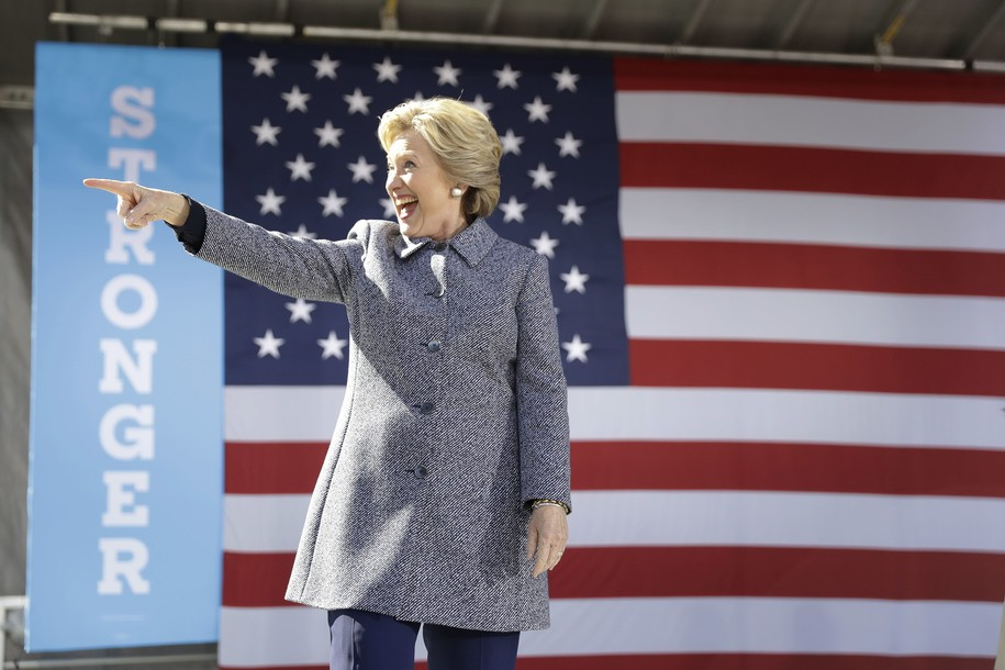 Democratic presidential candidate Hillary Clinton gestures as she takes the stage during a campaign stop in Des Moines, Thursday, Iowa, Sept. 29, 2016. (AP Photo/Matt Rourke)