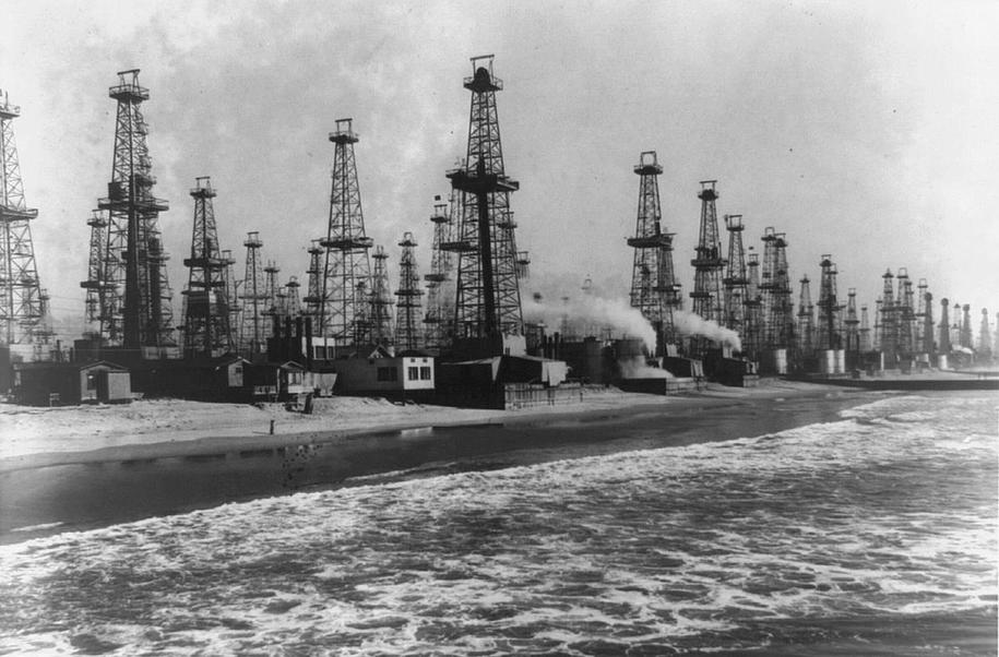 United States of Oil—fossil fuels dominate the upcoming administration thumbnail