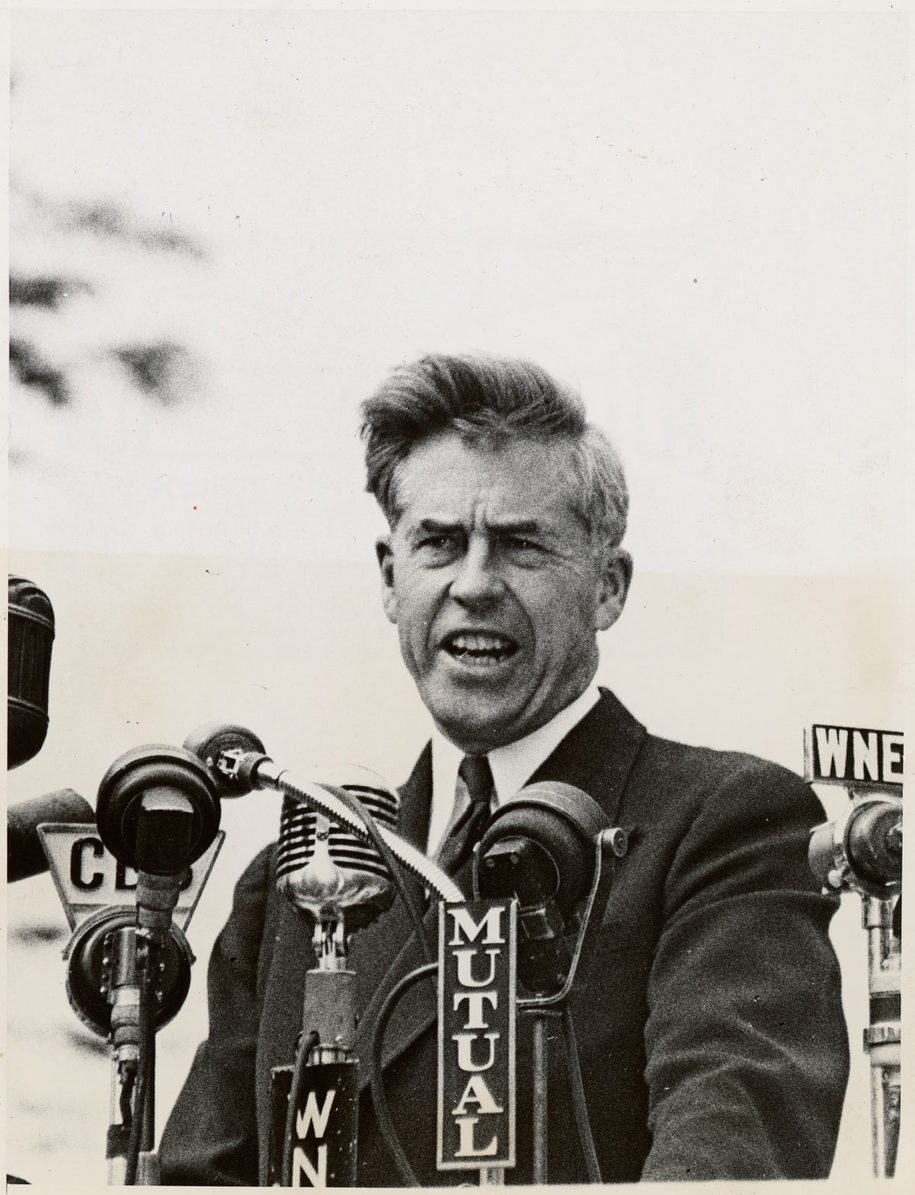 a biography of henry agard wallace an american president Remarkably, american dreamer is the first full biography of henry agard wallace, just maybe the most fascinating and certainly one of the most influential figures of the roosevelt years.