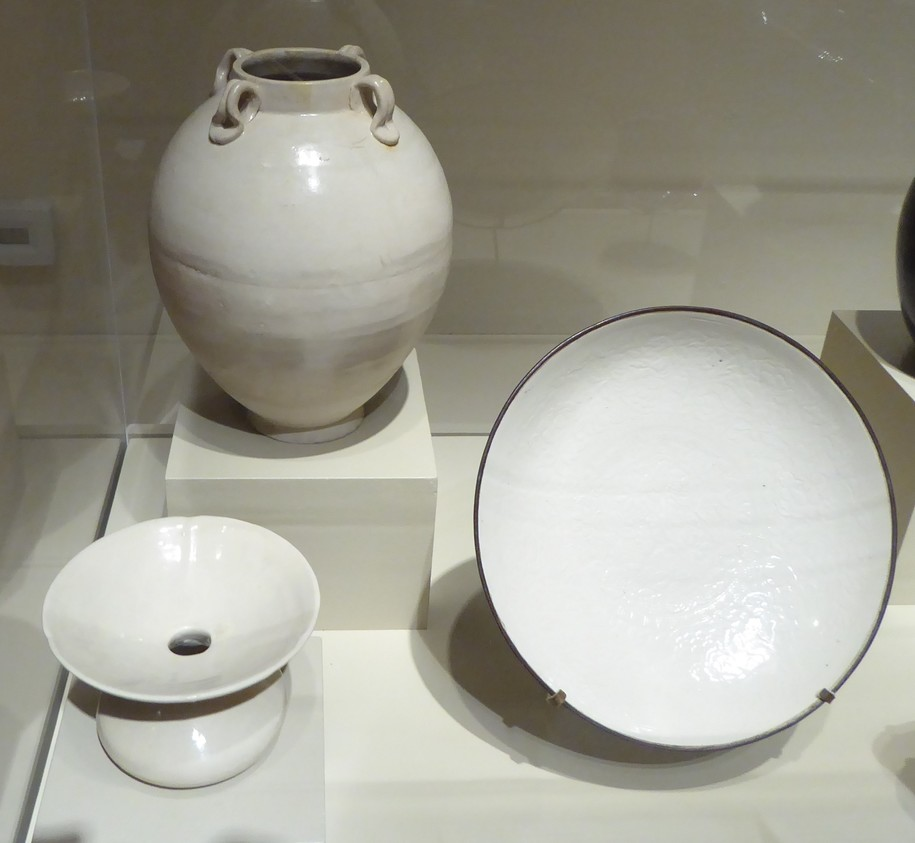 ancient pottery tells chinas agricultural prosper A comparison of china's agricultural history with others tells about the  interactions of multiple factors, not just the role of markets and/or technology, or  property.