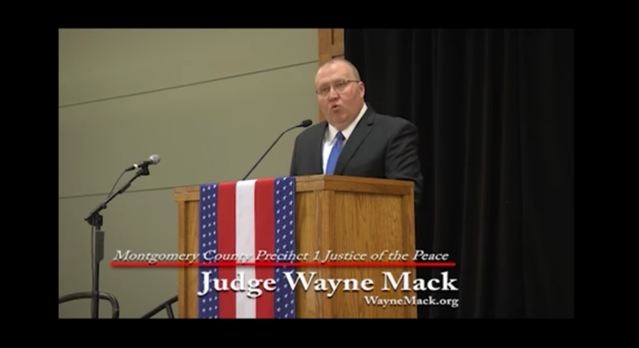 dailykos.com - Texas judge sued because he starts court proceedings with a chaplain-led prayer
