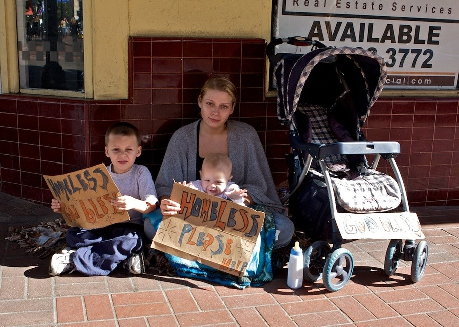 the causes and effects of the homeless family epidemic in usa Homelessness often causes individuals with mental illness to enter a downward spiral of ever more homelessness has definite psychological effects, ranging from the detrimental effects of disrupted some families consisting of women and children become homeless after escaping from child abuse.