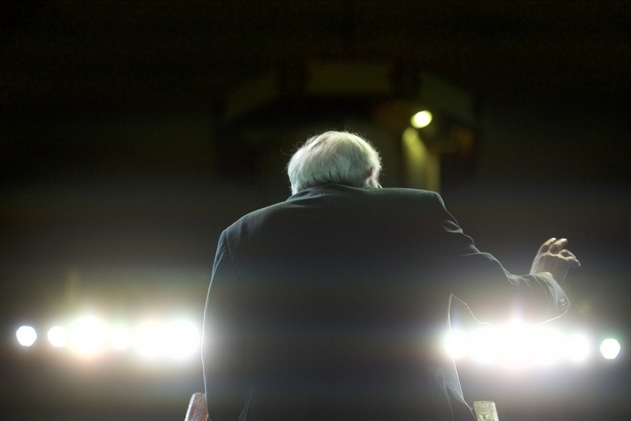 Bernie wins Daily Kos straw poll, Warren and Harris round out top three. Buttigieg and Beto surge