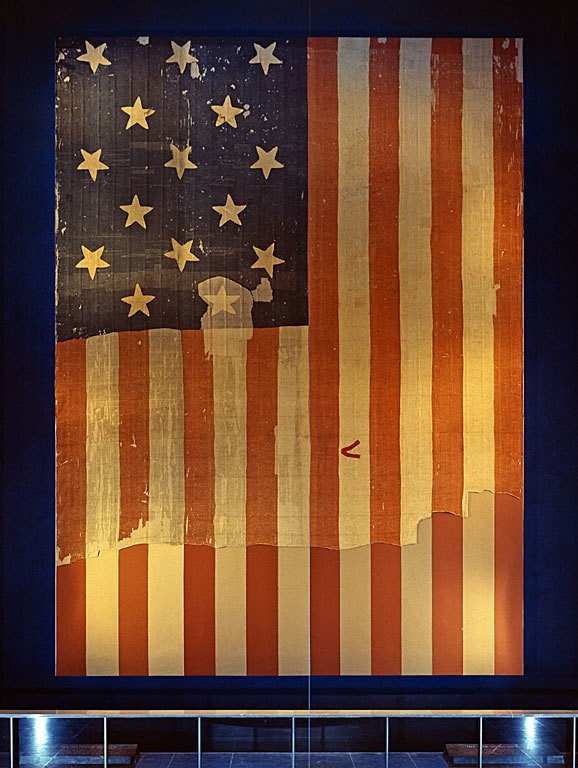 https://images.dailykos.com/images/270502/story_image/Star_Spangled_Banner_Flag_on_display_at_the_Smithsonian's_National_Museum_of_History_and_Technology__around_1964.jpg?1467684539