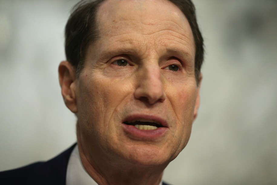 Democratic Sen. Ron Wyden tries to expand Ukraine investigation into an actual Ukraine investigation