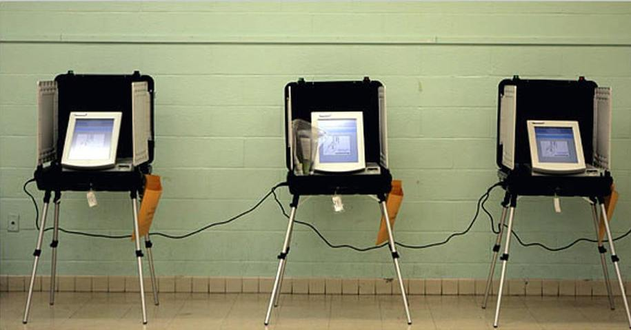 Electronic-Voting-Machines.jpg