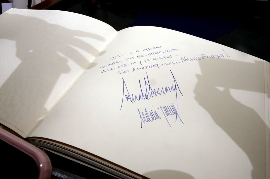 The message written by US President Donald Trump at the Yad Vashem Holocaust Memorial Museum guest book and signed by him and his wife Melania is seen after their visit on May 23, 2017, in Jerusalem.  / AFP PHOTO / GALI TIBBON        (Photo credit should read GALI TIBBON/AFP/Getty Images)