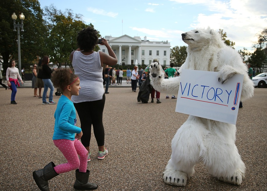 Fossil fuel industry freaking out about Children's Climate Change lawsuit and want out