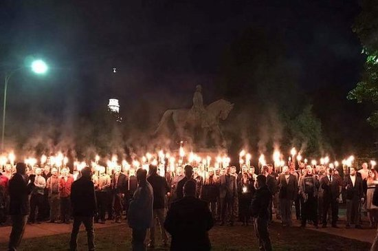 torch-wielding-white-supremacists-rallied-against-2-18981-1494807152-0_dblbig.jpg