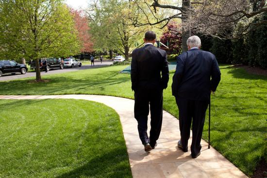 Obama_Kennedy.jpg