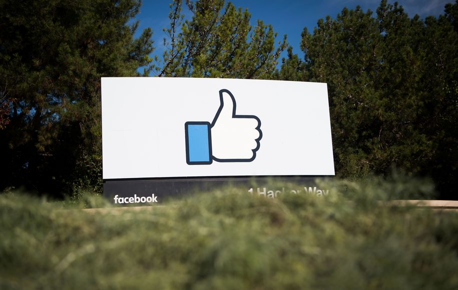 The Facebook sign and logo is seen in Menlo Park, California on November 4, 2016.  / AFP / JOSH EDELSON        (Photo credit should read JOSH EDELSON/AFP/Getty Images)