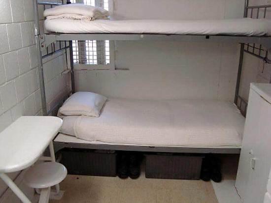 cell-bunks.jpg