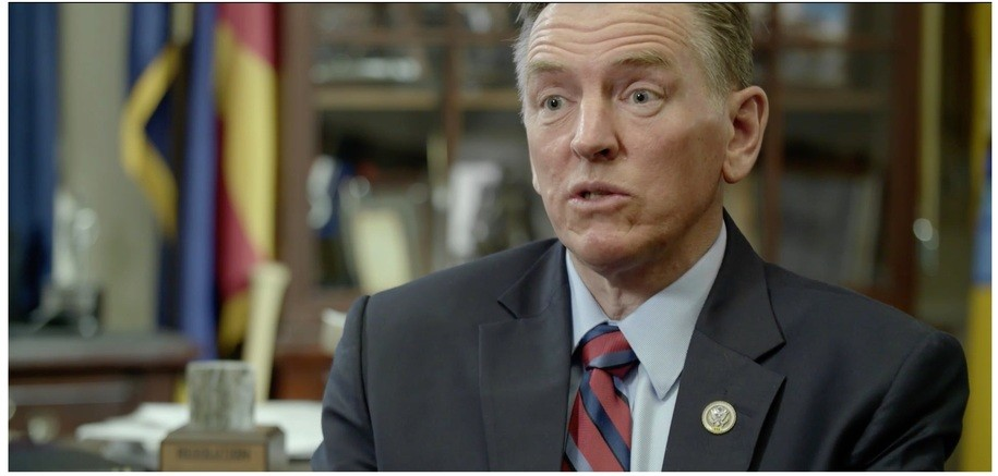 Rep. Paul Gosar embarrasses himself and all of Arizona in an interview with Vice News
