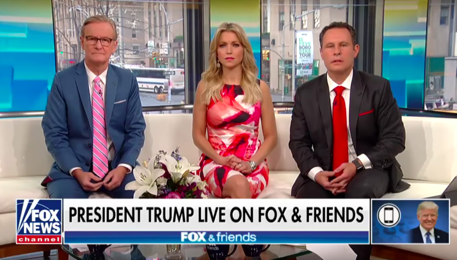As Trump's White House aides fret over shutdown, his Fox News advisers blow sunshine you know where