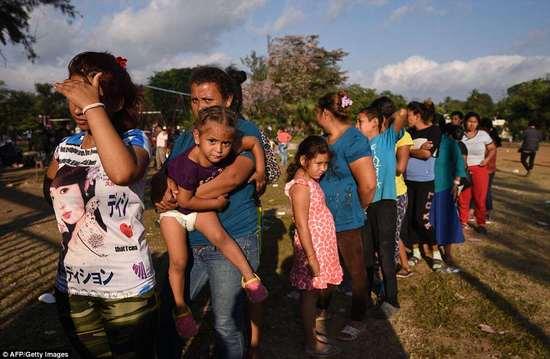 caravan_immigrants.jpg