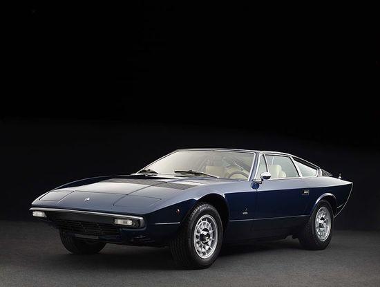 800px-Maserati_Khamsin_1975_front.jpg