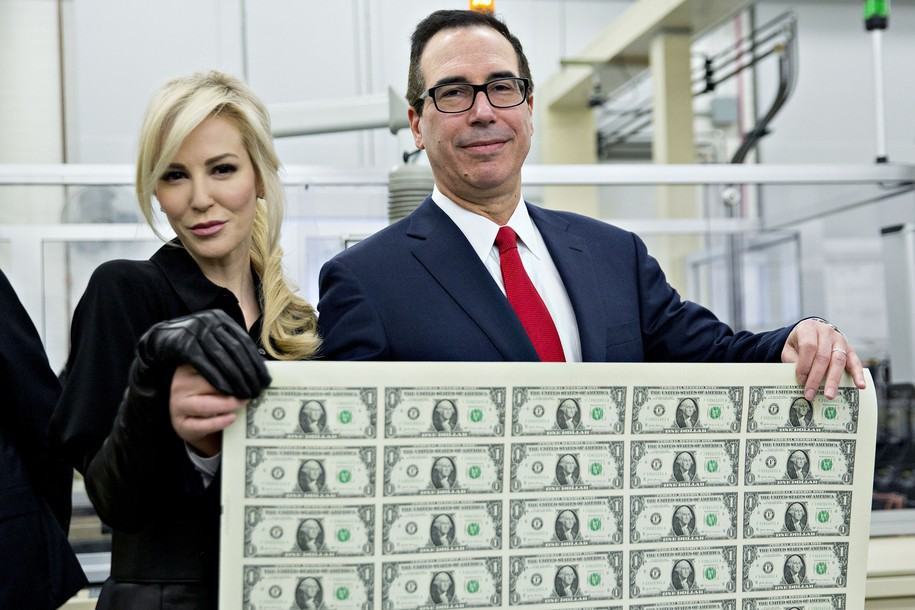 Steve Mnuchin wins prize for dumbest post-SOTU response ... maybe ever