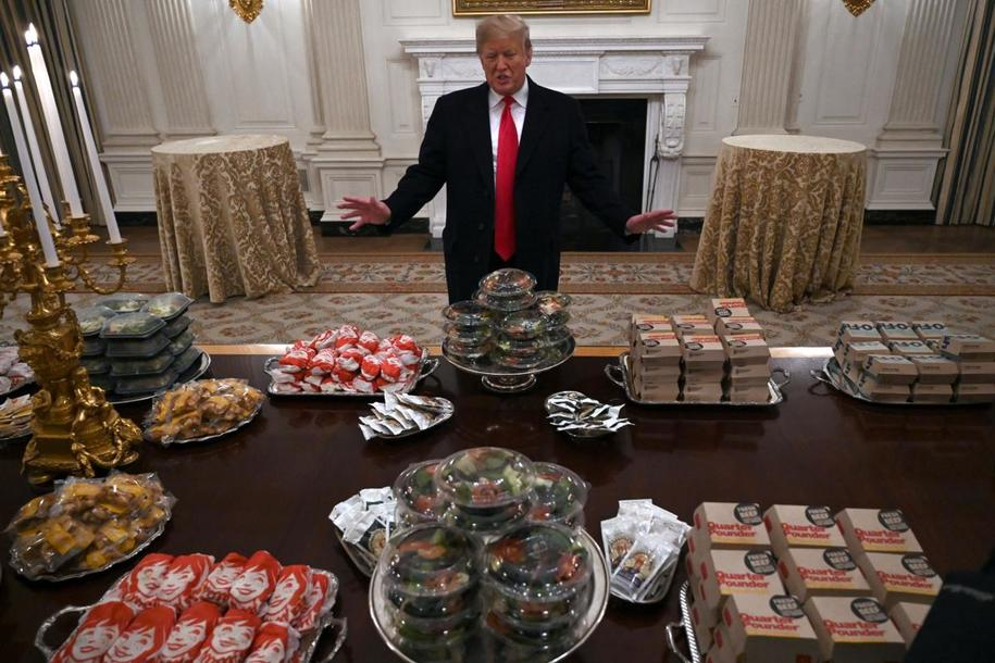 Trump Serves Up Some More Red Meat … This Time To Carnivorous College Athletes