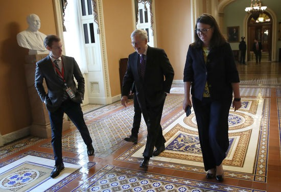 WASHINGTON, DC - JANUARY 23: Senate Majority Leader Mitch McConnell  (C) (R-KY) returns to his office after the U.S. Senate adjourned for the day January 23, 2019 in Washington, DC. McConnell has indicated the Senate will vote on two bills to end the partial government shutdown on Thursday of this week. (Photo by Win McNamee/Getty Images)