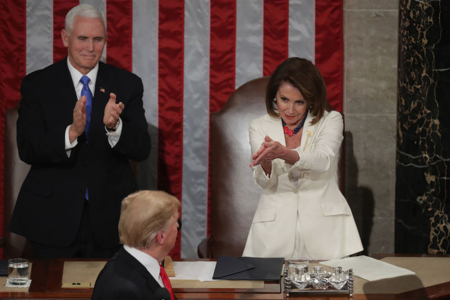 photo image Trump still at a loss for how to deal with Nancy Pelosi