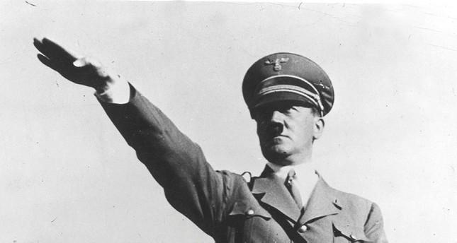 hitler_salute.jpg