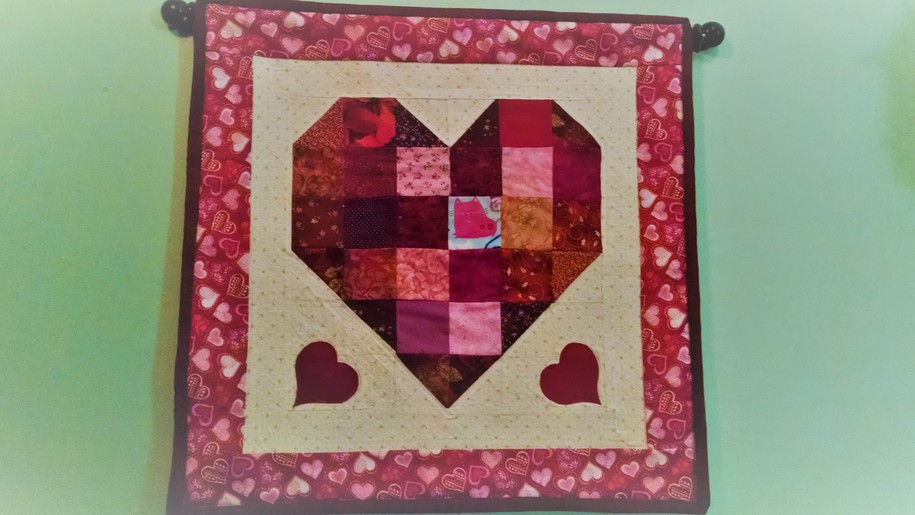 DK Quilt Guild: Easy Valentine's Wall Hanging