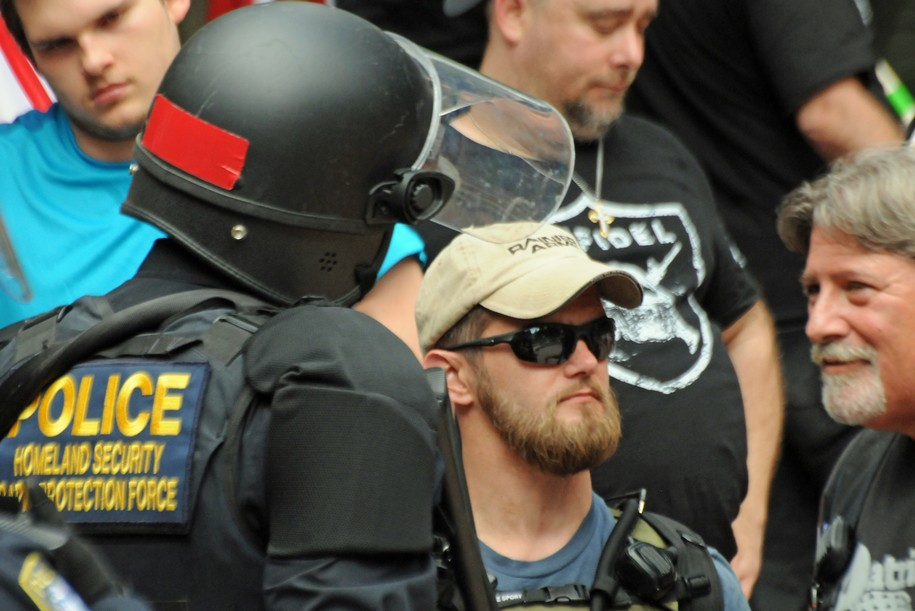 Portland Police's chummy handling of far-right extremists creates a well-earned uproar