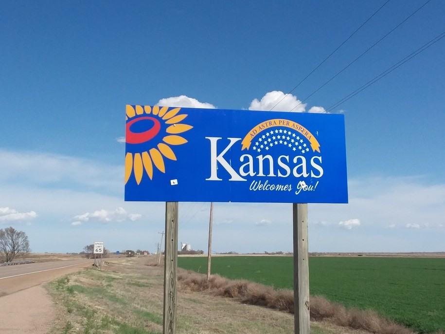 Road Trip USHwy 50. Day 6. On into Kansas w/two firefighter brothers