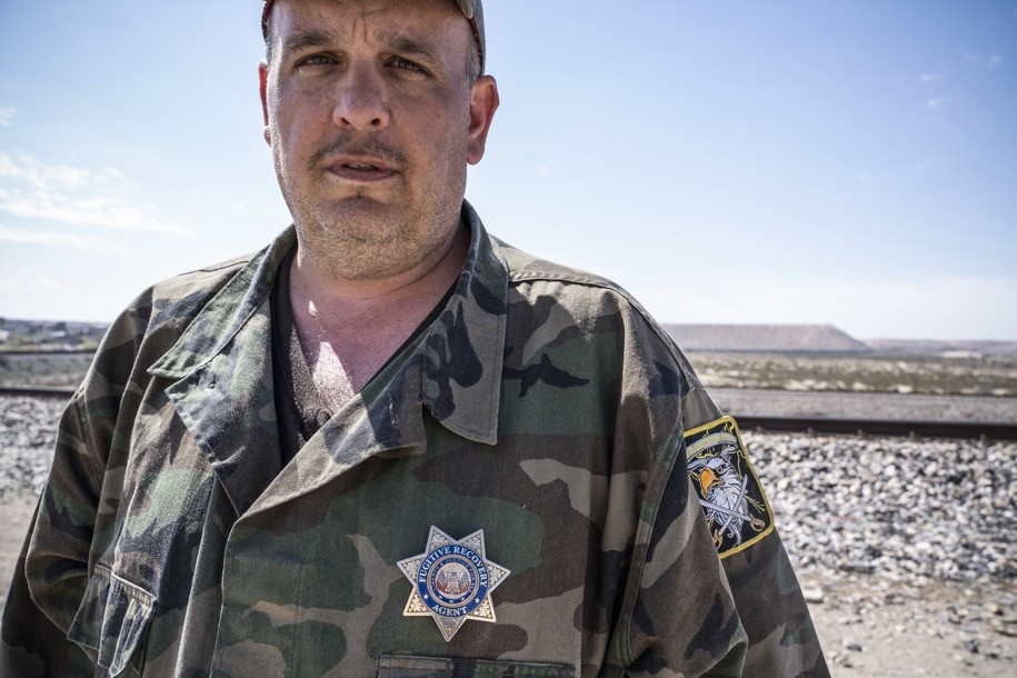 Armed white nationalist militias are now coordinating with U.S. Border Patrol to 'detain' migrants