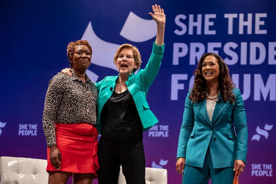 Elizabeth Warren delivers breakthrough moment at presidential forum for women of color