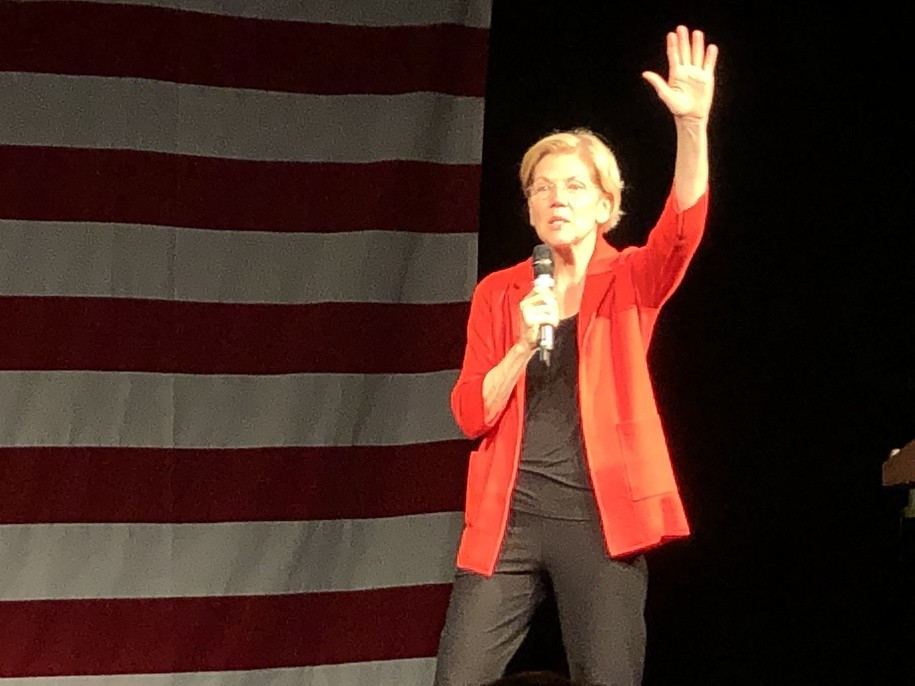 photo image Three things I learned from Elizabeth Warren's amazing town hall