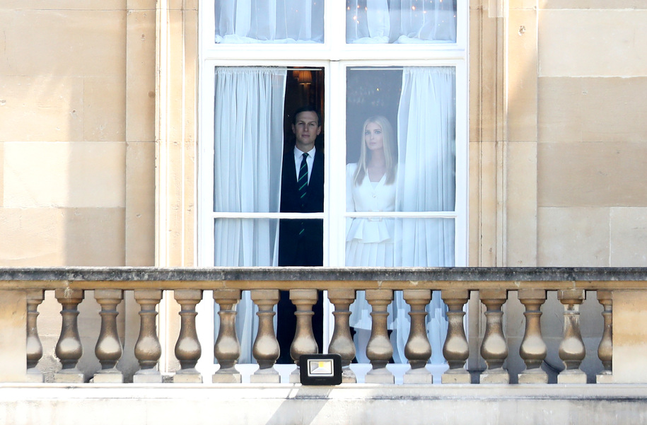 Jared and Ivanka's Buckingham Palace photo gets hilarious meme