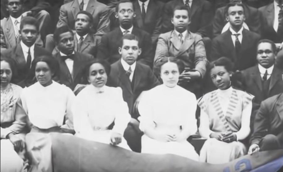 FYI Democrats: 'The Divine Nine'—black sororities and fraternities 101