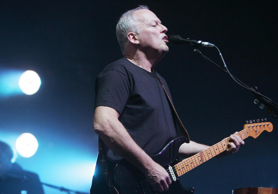 Paris, FRANCE:  Former Pink Floyd British leader David Gilmour performs, 15 March 2006 in Paris, on the stage of the Grand Rex music Hall. AFP PHOTO PIERRE ANDRIEU  (Photo credit should read PIERRE ANDRIEU/AFP/Getty Images)