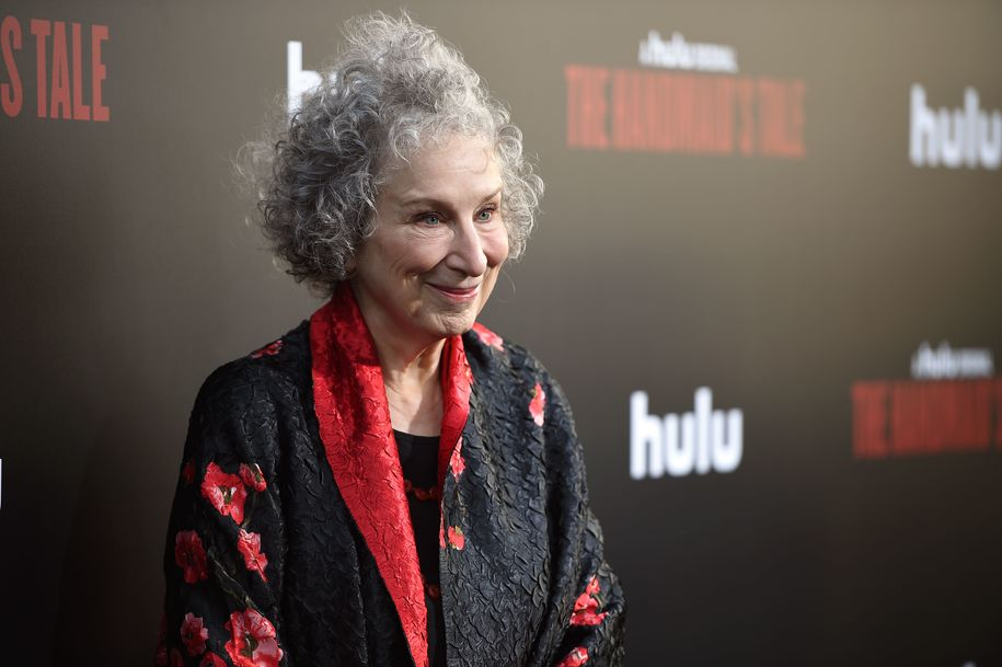 Guy attempts to correct Margaret Atwood on her own book—gets vaporized almost instantly