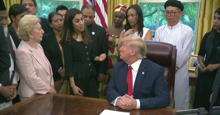 """""""You had the Nobel Prize?"""" The White House Squatter Meets Nadia Murad, And It's Excruciating"""