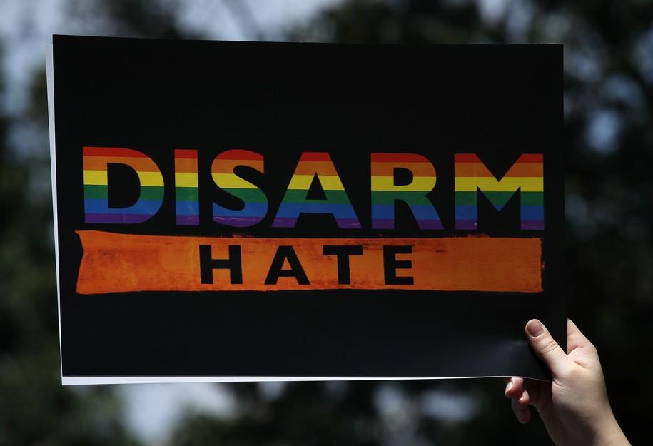 After Trump blames mass shootings on mental illness, Twitter users clap back: #IAmNotDangerous