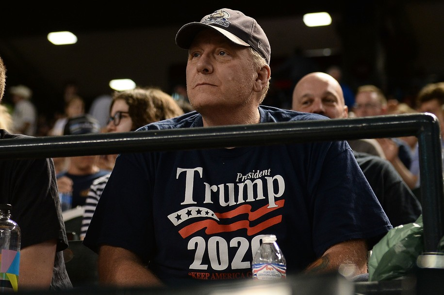 Baseball player-turned conspiracy theorist Curt Schilling delights Trump by mulling bid in Arizona