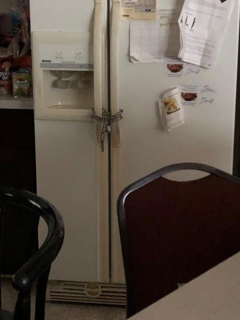 PadlockedrefrigeratorOakPark.jpg