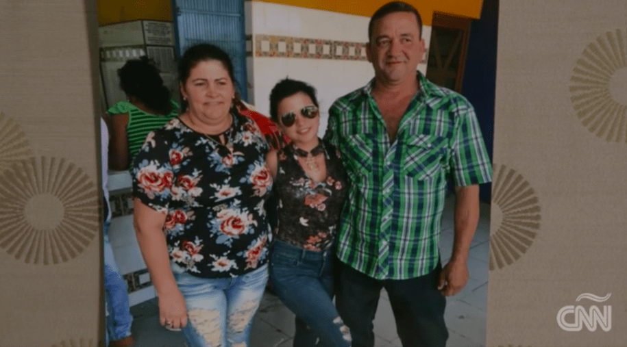 ICE ignores plea from over 100 doctors and deports asylum-seeker with lung tumor
