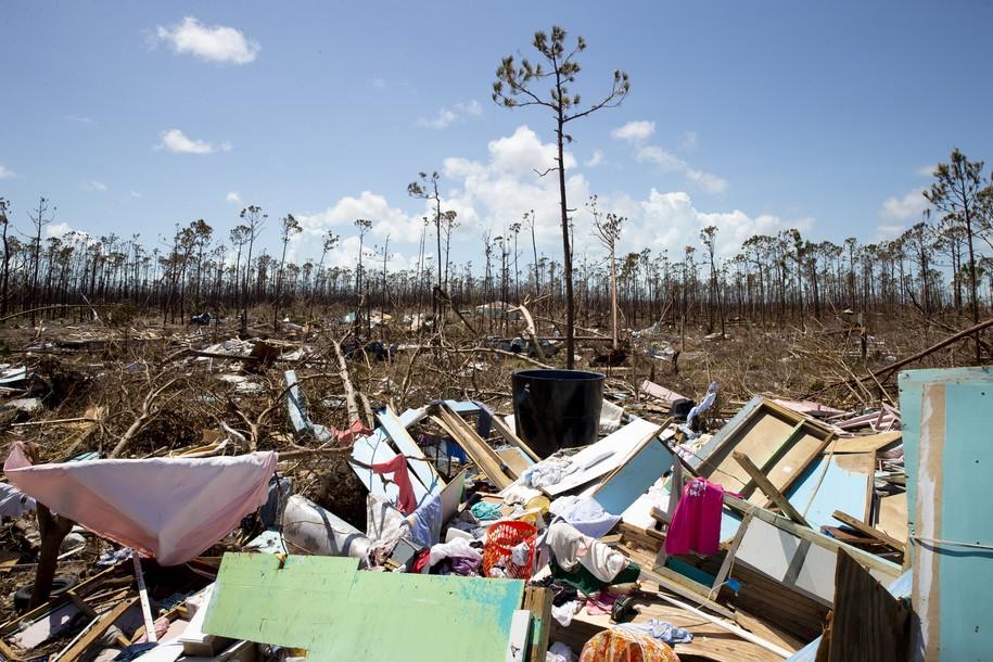 Volunteer pilot rescues 40 Hurricane Dorian survivors from devastated Bahamas village