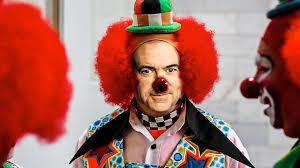 Christian Clown Mike Huckabee Tells Beto to Ban Skateboards.
