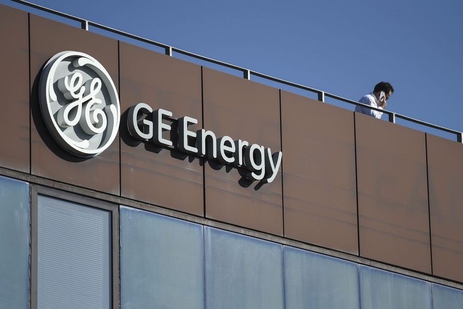 GE announces plans to freeze 20,000 employee pensions in 'reset year'